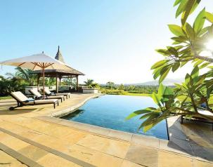 rent a villas in mauritius with heritage resorts