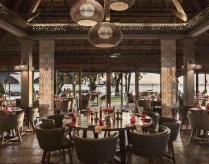 savana main restaurant at heritage awali